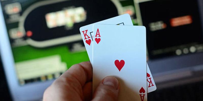 judi poker 4